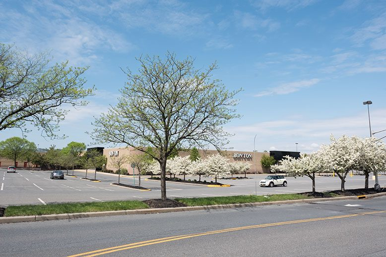 On a recent weekday afternoon, there were plenty of open spaces in the parking lot at the Phillipsburg Mall—just as there were plenty of vacant stores inside the mall, which recently lost its Sears and Bon-Ton anchors.